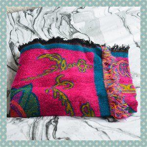 NWOT Colourful Fringe Throw Blanket